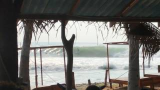 Arugam Bay Surf report on 25th of April - Pumping session!