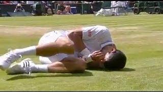 Djokovic takes a bad fall during his match with Simon - Wimbledon 2014