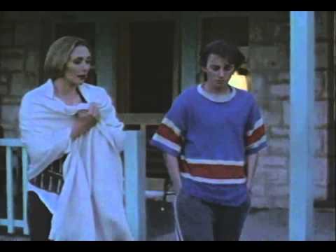 Sorrento Beach Trailer 1995