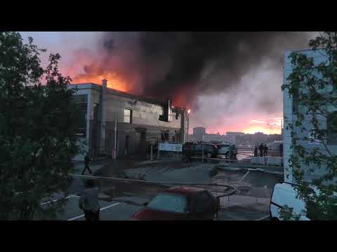 Пожар автосалона Хендай Кемерово - начало