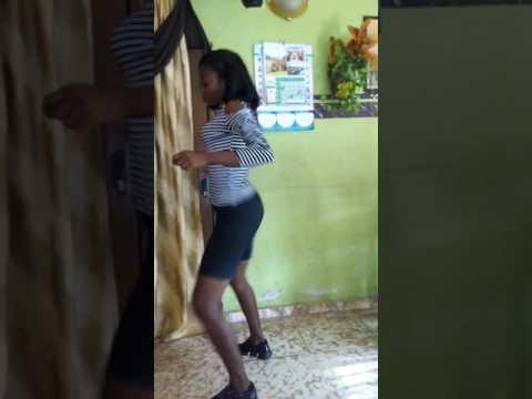 Tekno wash dance. Monica lobolobo