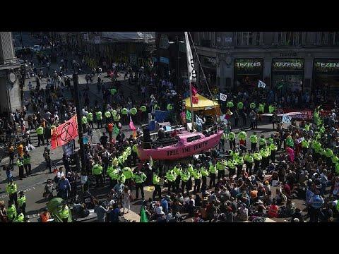 Manifestação pelo clima paralisa Londres