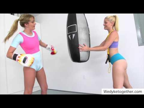 Lesbian Sexy Yoga Trainer Workout, Sexy Yoga Pants Training || babes in yoga pantsKaynak: YouTube · Süre: 3 dakika40 saniye
