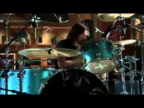 Dave Grohl, Joshua Homme, Trent Reznor - Mantra (Live in the studio)
