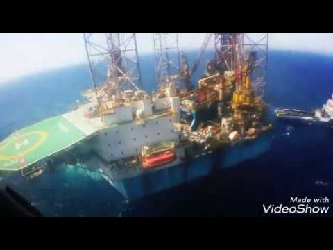 Leaving Jack-up Drilling rig on a Helicopter