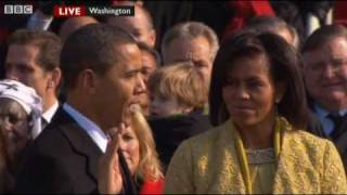 Barack Obama Oath of Office / Sworn In - President Obama: The Inauguration - BBC News