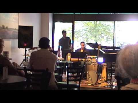 Trio de Tambores -  Ochun  - Rezos, Seco Rhythm