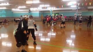 Roller derby action MDD vs ECRD
