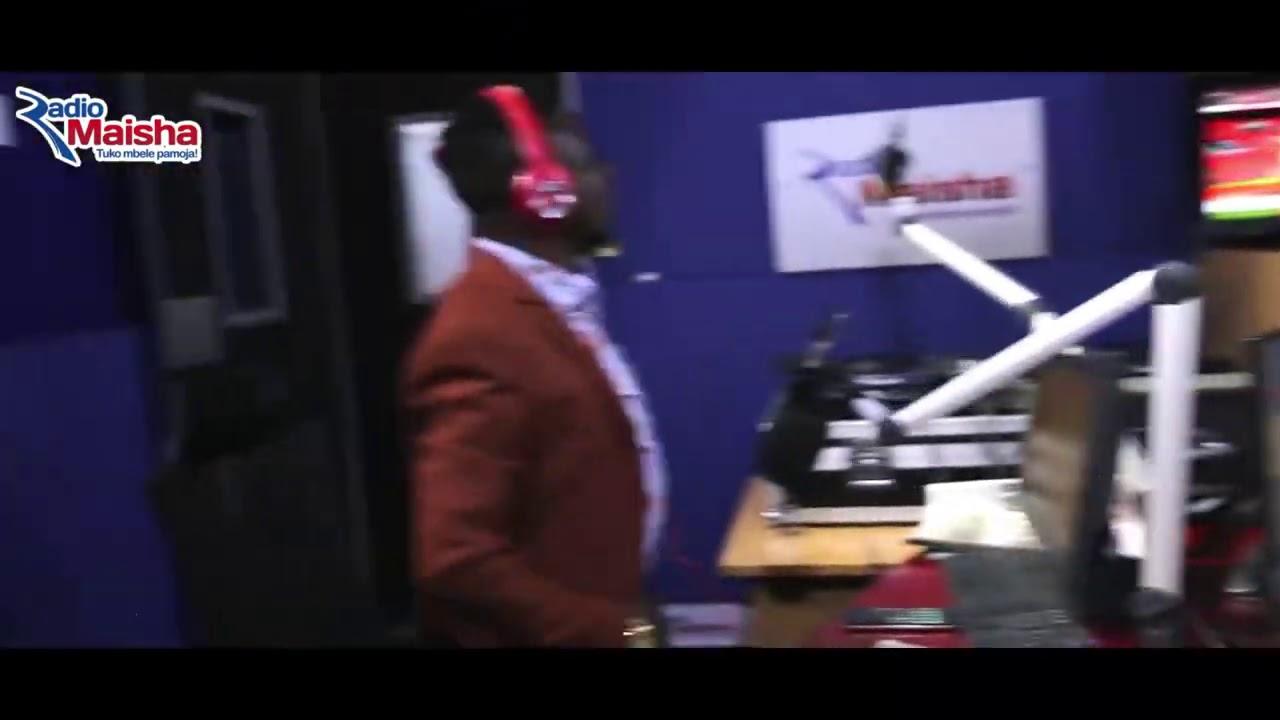 Download Mwashumbe na Shugaboy Crazy in Radio Maisha Studios