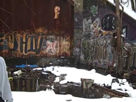 Spelunking in Providence Abandoned Eastside Railroad Tunnel.mp4