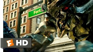 Transformers (8/10) Movie CLIP - Megatron Gets the Upper Hand (2007) HD