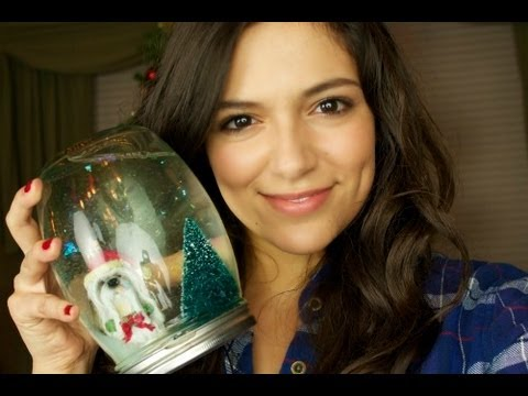 DIY Holiday Gift: Snow Globes!