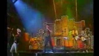 A 80 -as 90 -es évek Magyar zenei pop slágerei.
