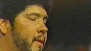 el mejor guitarrista del mundo (Tony Melendez), impresionante video para reflexionar