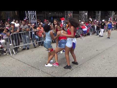 DOMINICAN DAY PARADE NEW YORK 2018 NYC - DOMINICAN GIRLS DANCE AT 96.3 FM RADIO SOUNDSYSTEM TRUCK