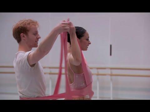 La Fille mal gardée (Royal Ballet), Frederick Ashton's sunny English ballet