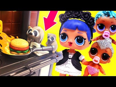 LOL Surprise Dolls Go Camping, Shopping & Have A Backyard Barbecue With Playmobil Sets & Unboxings!