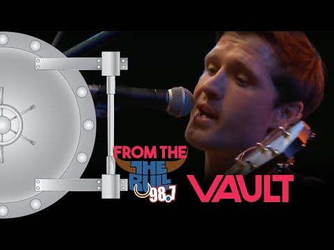 Walker Hayes - You Broke Up With Me (98.7 THE BULL)