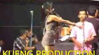 Video Arjuna Buaya hot Dangdut goyang sexy download MP3, 3GP, MP4, WEBM, AVI, FLV November 2019