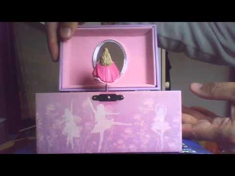 Musical Box Barbie in the 12 Dancing
