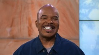 David Alan Grier with gold and diamond grills!