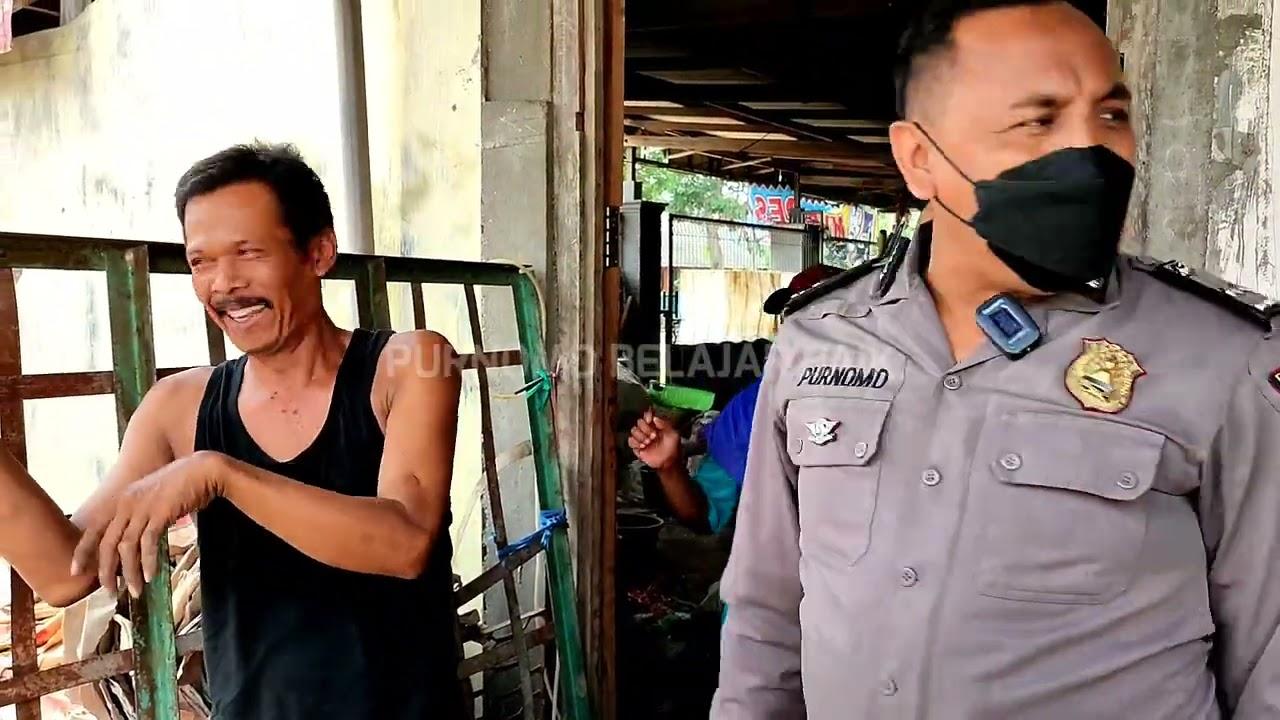 Download PEMULUNG KAGET DAN GEMETAR DIHENTIKAN POLISI BERAKHIR TERTAWA BAHAGIA