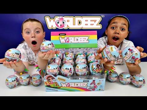 NEW WORLDEEZ Surprise Globes! Mystery Blind Bags - Key Charm Bracelet - Kids Toy Review