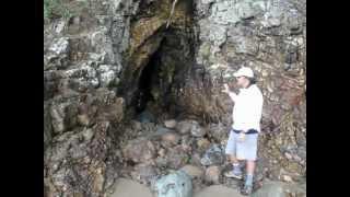 Maori Cave near Whauwhiwhi