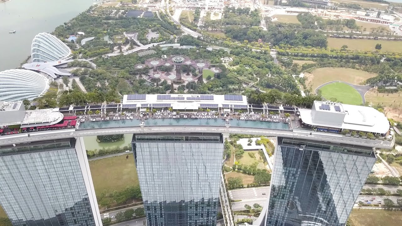 Marina Bay Sands & Gardens by the Bay - Singapore