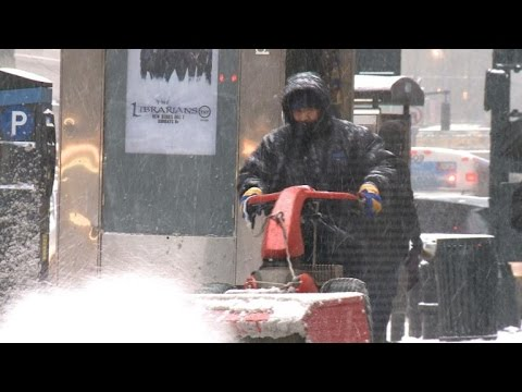 New York shuts down as winter storm blasts US