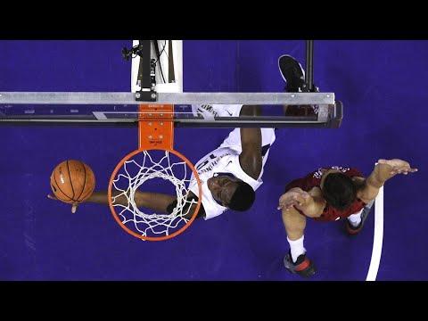 Men's Basketball: Noah Dickerson paces Washington to win over Eastern Washington