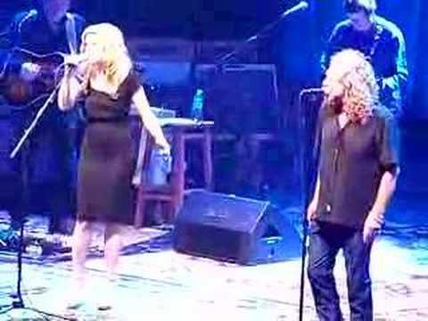Robert Plant and Allison Krauss  Battle of Evermore