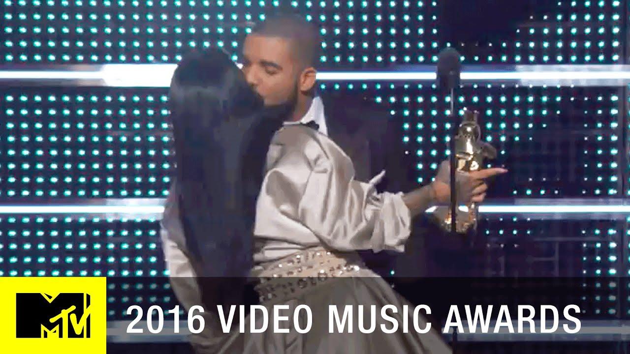 MTV VMAs: 11 Most Shocking Performances - Vogue