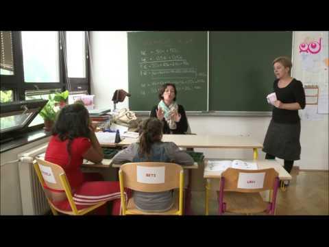 Infodrom: Beti predstavi slovenski znakovni jezik