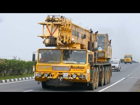 Krupp Faun All Terrain Mobile Crane on NH44 in India [4K] thumbnail