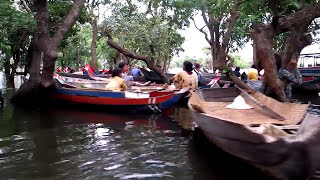 Tonle Sap Lake! and Floating Fishing Village Cambodia / Tonle Sap Lake - Cambodia