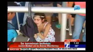FUNNY MUST SEE...Crazy Justin Bieber fans cry because of sold out tickets in Mexico!