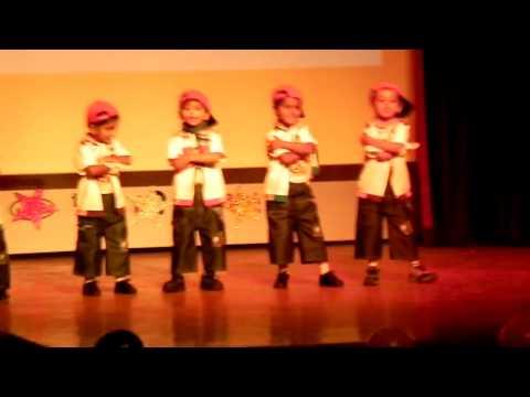 Hat Ja re chokre -- Raynash dance