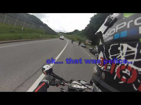 Aprilia SXV 550 follow a Yamaha YZF R1 but...