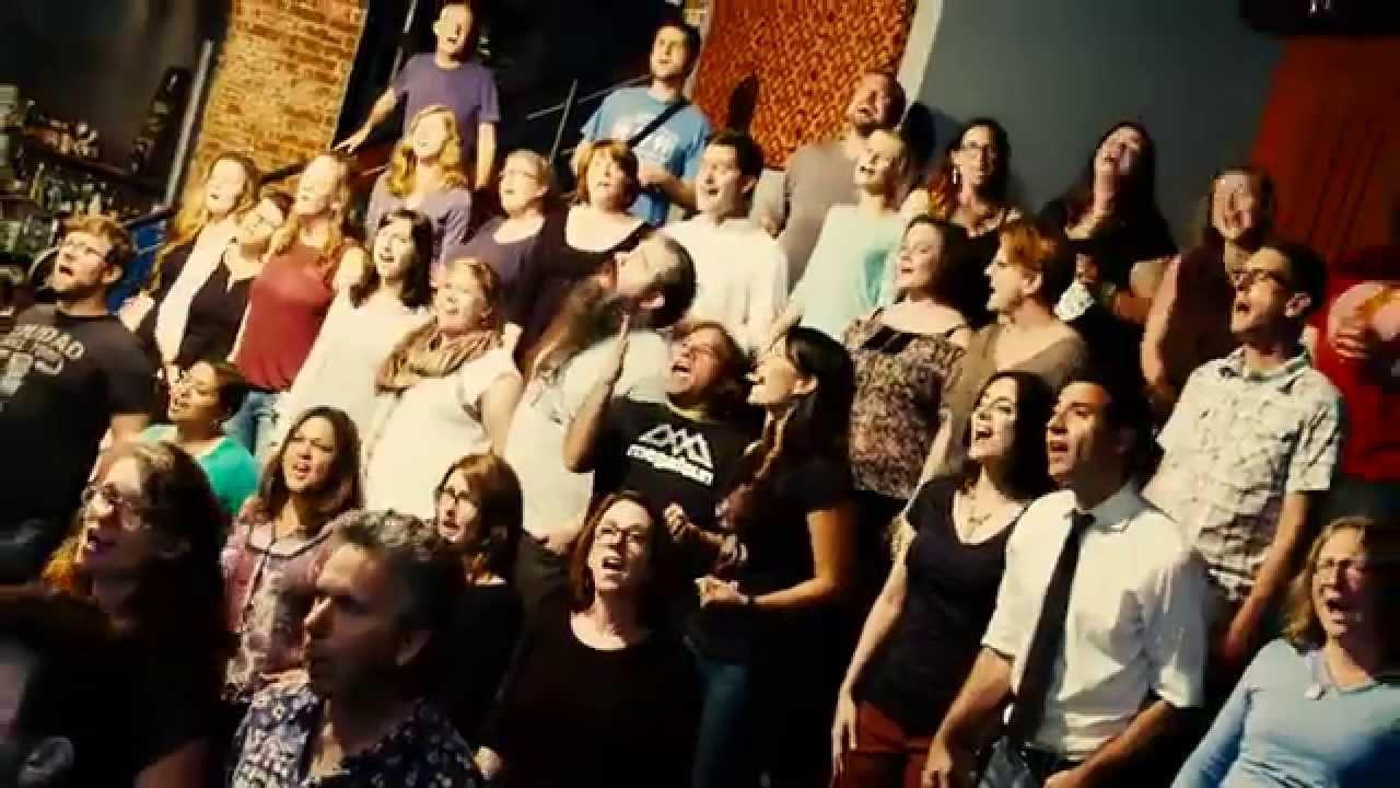 "Flash Chorus Sings ""Electric Love"" by BØRNS - YouTube"