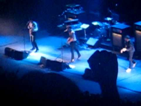 Franz Ferdinand Live @ Mexico City, National Auditorium - Walk Away 1