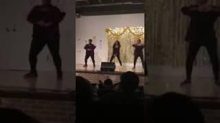 Sophomore Dancers