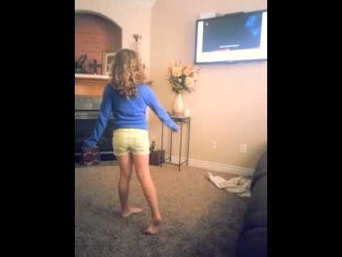 Makayla Rayne ~ Karaoke 1