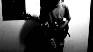 Alive  - Pearl Jam (cover a parte de Stone Gossard )