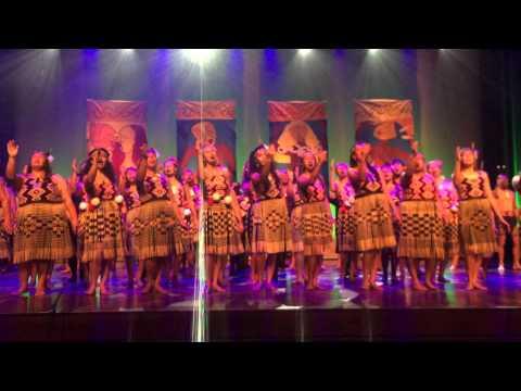 Te whanau ā apanui & Te Waka huia