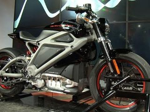 CNET News - Riding Harley-Davidson's all-electric Project LiveWire in the streets of NYC