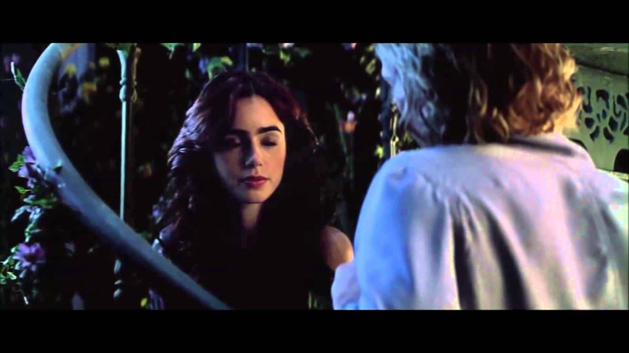 the mortal instruments city of bones greenhouse scene kiss