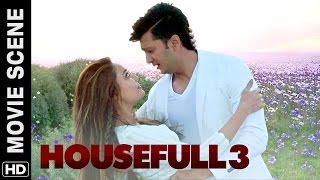 Lisa Haydon loves Riteish   Housefull 3   Movie Scene