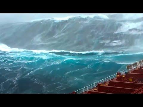 САМАЯ БОЛЬШАЯ ВОЛНА В ИСТОРИИ! Самое большое цунами!