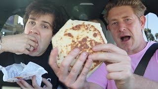 TRYING TACO BELL FOR FIRST TIME W/ THE VLOG SQUAD!!